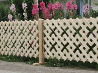 Как сделать деревянный забор — пошаговая инструкция для начинающих (50 фото идей)