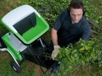 Садовый измельчитель для дачи — какой выбрать и как ним пользоваться?