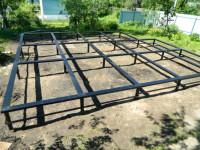 Свайный фундамент (75 фото): классификация, конструкция и примеры использования для разных типов зданий
