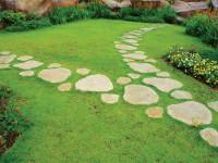 Садовые дорожки – технология устройства для дачного участка (55 фото идей)
