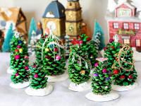 Новогодние поделки из шишек своими руками для детского сада и школы