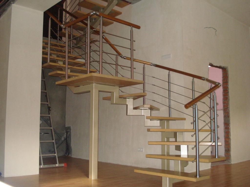 Лестница из труб на второй этаж своими руками 612