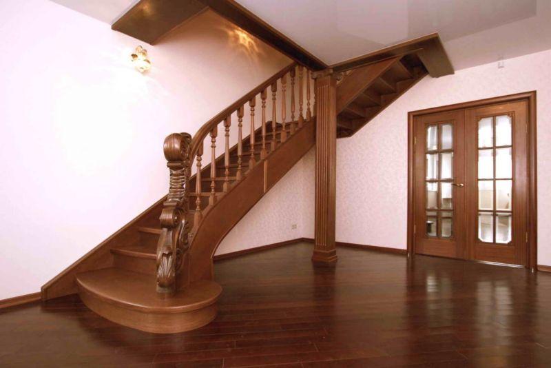 Лестницы из древесины55