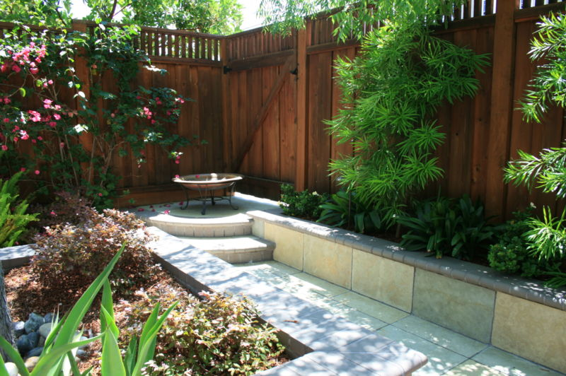 privat-backyard-residential-landscape-design