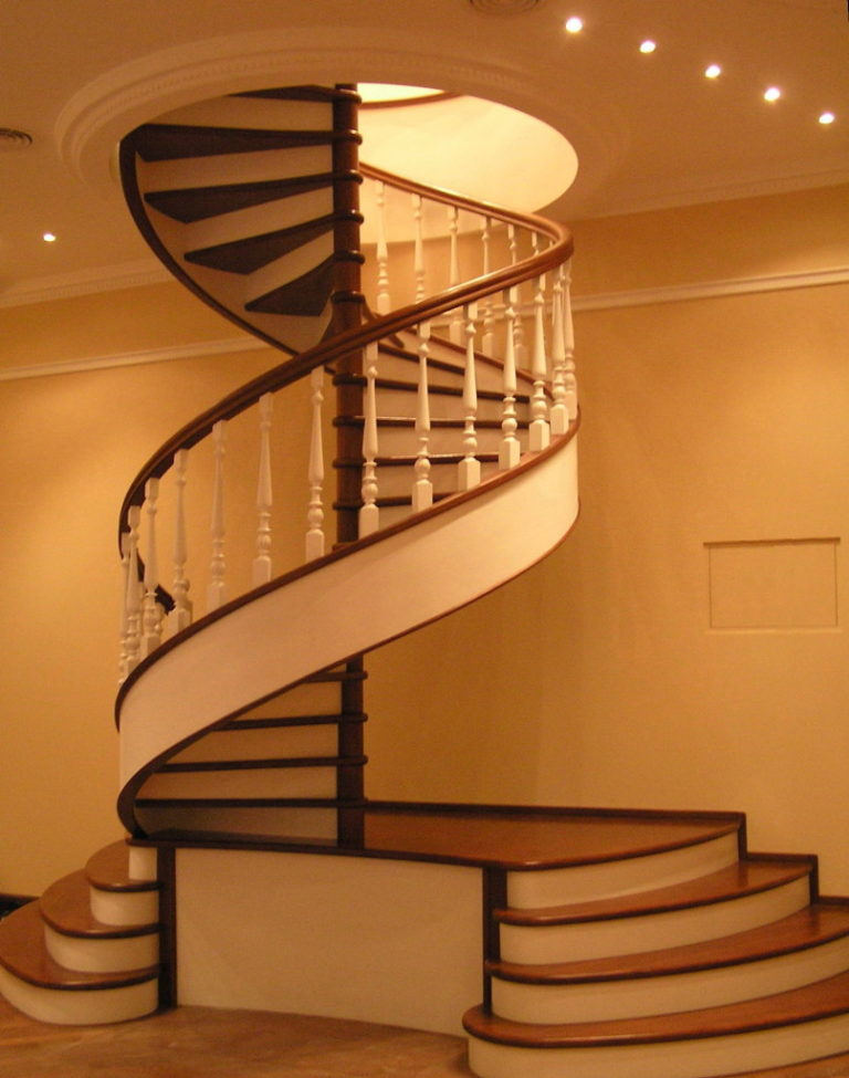 Лестницы винтовые на второй этаж в частном доме своими руками схема фото