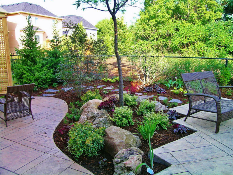 beautiful-backyard-landscaping