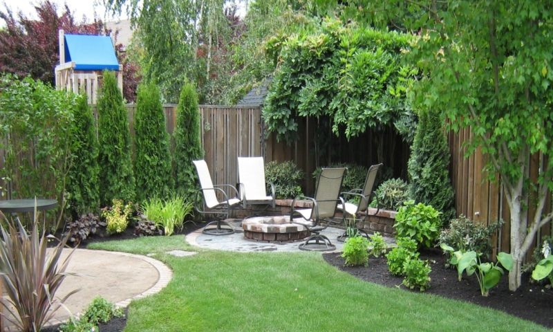 concrete-patio-designs-private-backyard-design-with-patio