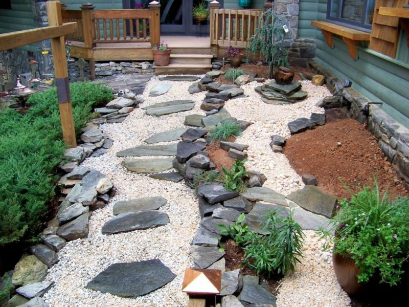 cool-zen-style-japanese-garden-backyard-design