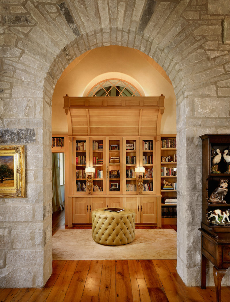 coveted-top-interior-designers-fern-santini-texas-country-house2