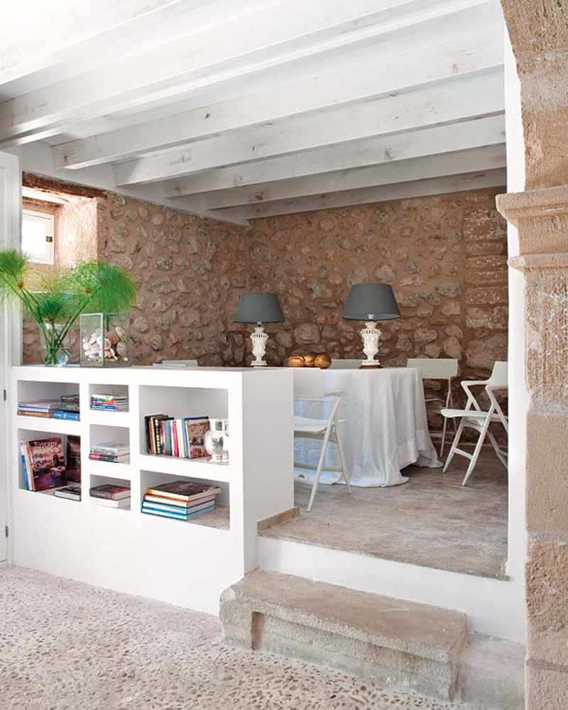 dynamic-room-in-country-house-mestre-paco