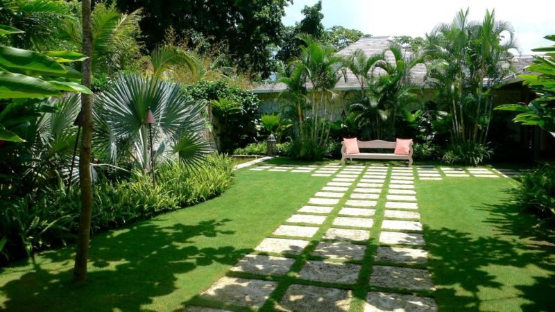 garden-design-and-ideas-tropical-luxury-private-garden-tropical-cute-landscape-design-home-decor