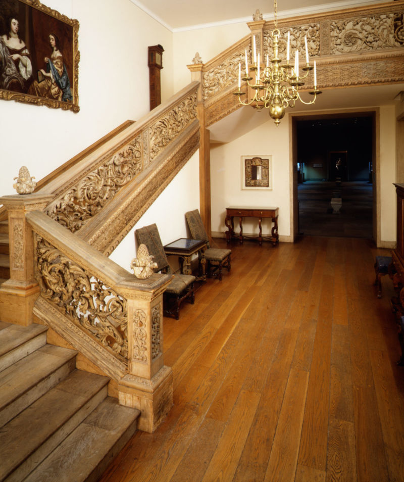 Working Title/Artist: Staircase Department: ESDA Culture/Period/Location: HB/TOA Date Code: Working Date: ca. 1677-80 digital photography by mma, #ES4978 retouched by film and media (jn) 9_23_03
