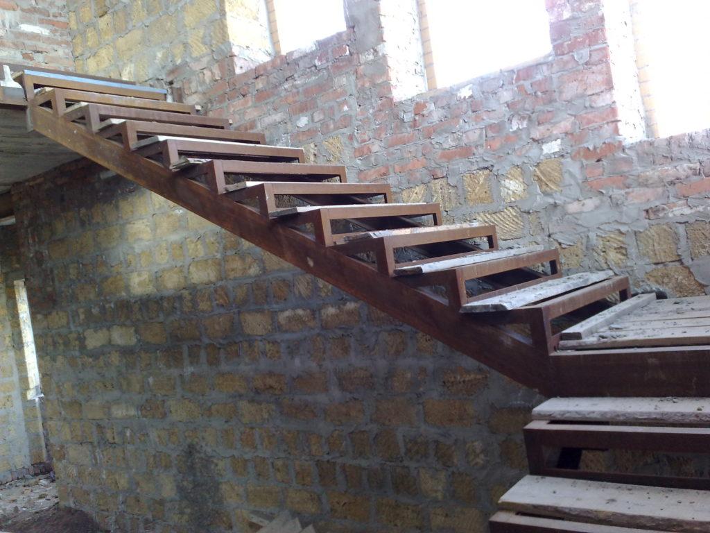 Лестницы своими руками из металла фото 85