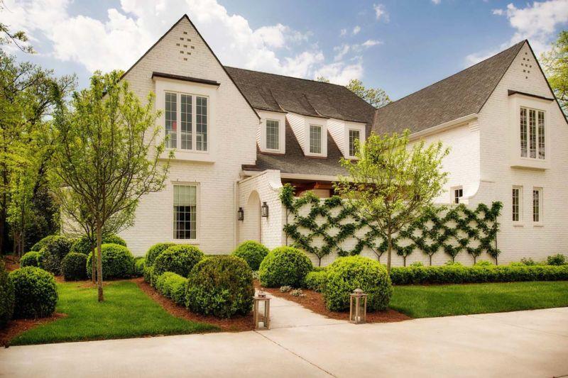 transitional-style-home-allard-ward-architects-kindesign