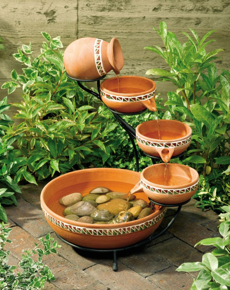 cool-garden-fountain-for-minimalist-garden