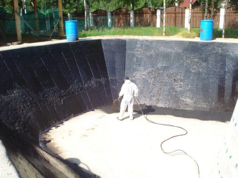 Водоём на даче без гидроизоляции