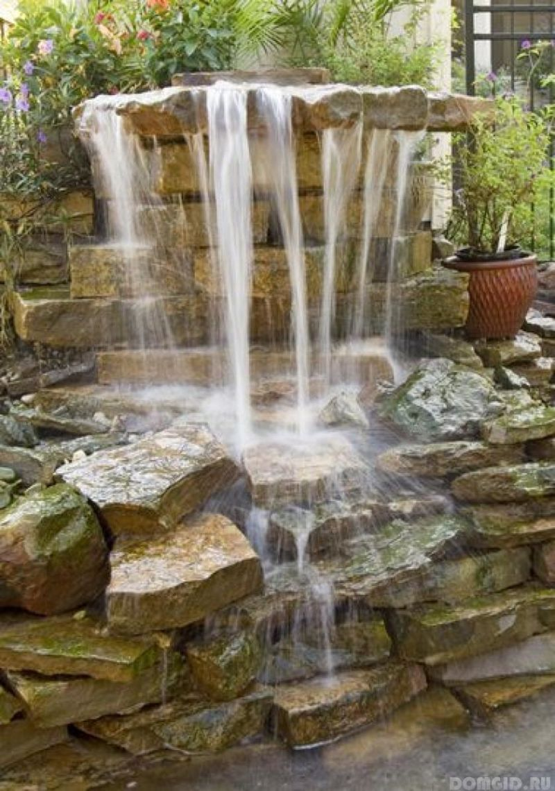 thumbs_kansas_city_landscaping_waterfall_pond_landscape_garden_fountain7