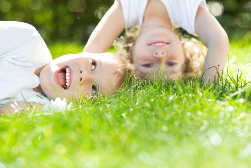children_rest_in_nature_002