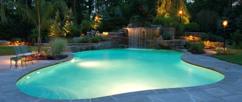 crystal-clear-fiberglass-pool-canada