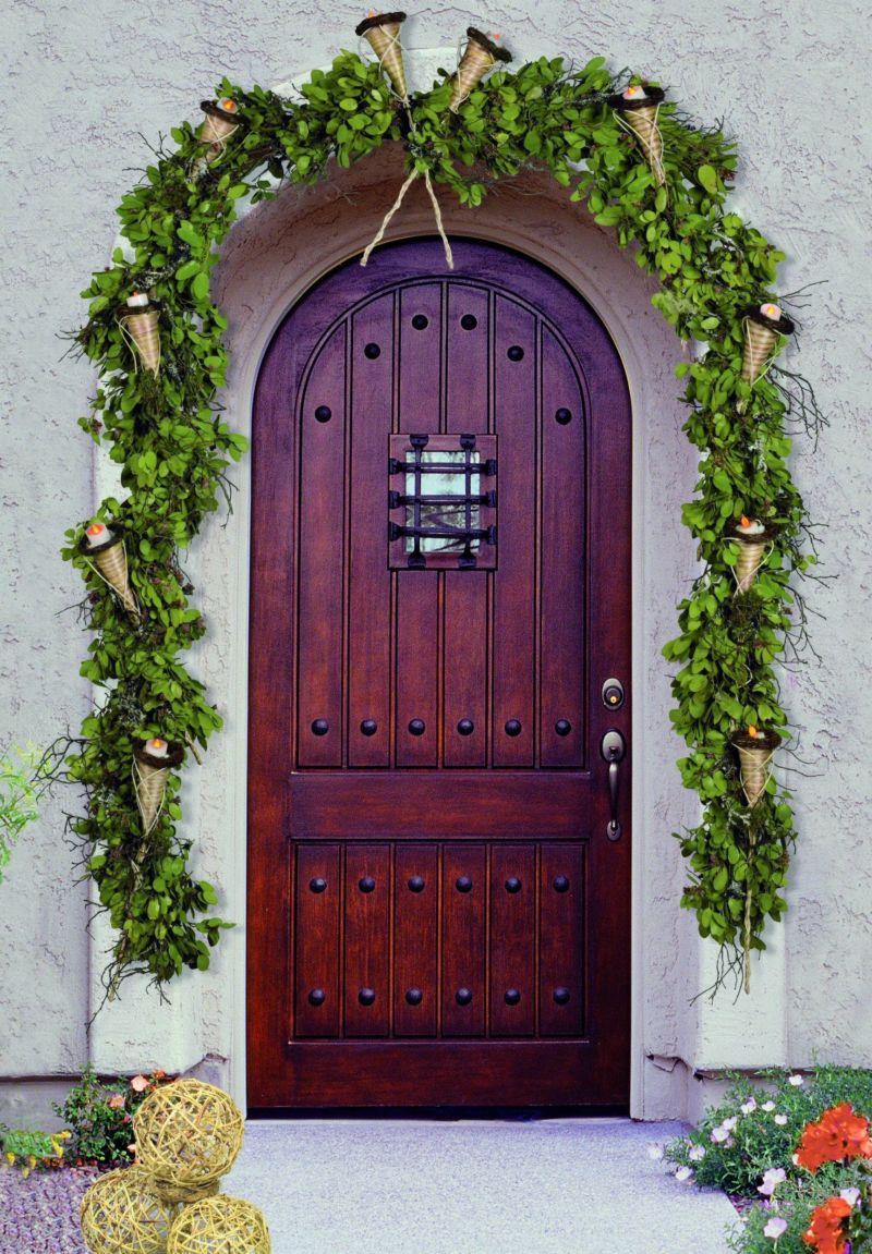 derevyannyie-vhodnyie-dveri