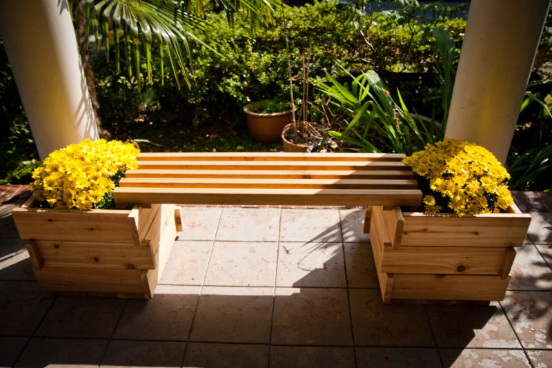 single-planter-bench