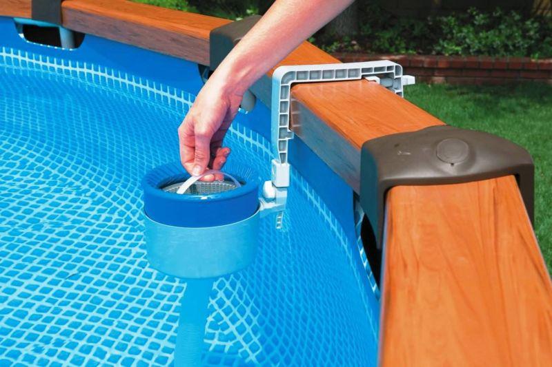 swimming-pool-skimmer-basket