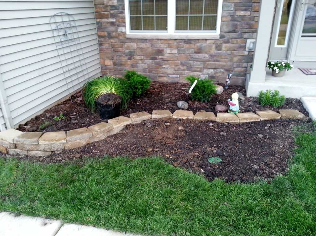 trendy-front-yard-landscaping-plans