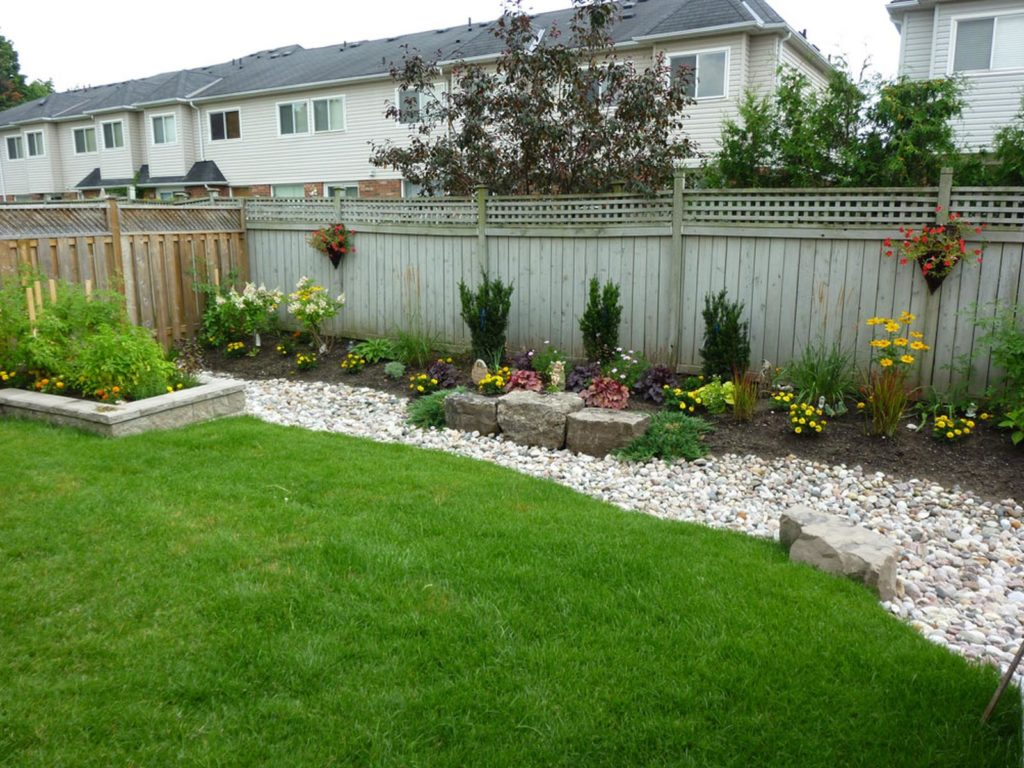 backyard-landscaping-pickering