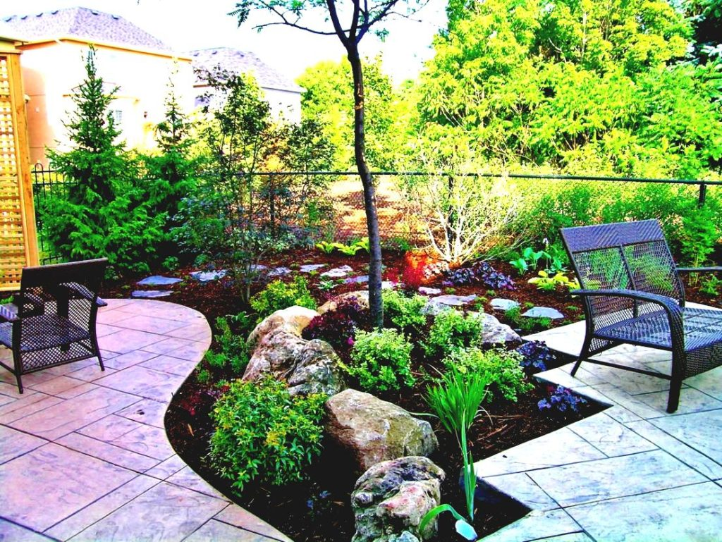 cheap-backyard-landscaping-ideas-pictures-plans