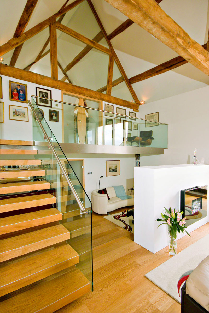 modern-minimalist-rustic-house-design-with-exposed-wood-ceiling-beams-white-interior-color-decorating-ideas-plus-wooden-floating-staircase-with-glass-railings-ideas
