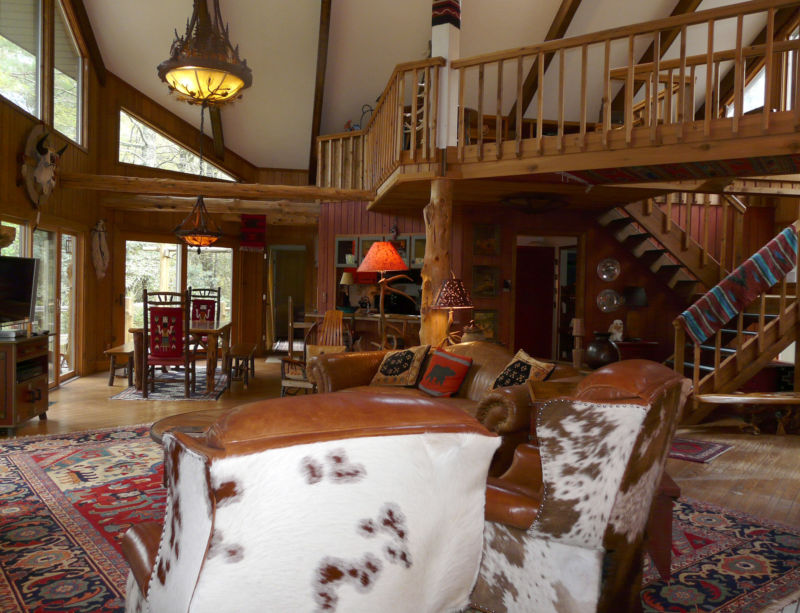 natural-nice-desgin-of-the-wooden-house-livingroom-interior-that-has-warm-hang-lamp-can-add-the-beauty-inside-modern-living-room-design-ideas