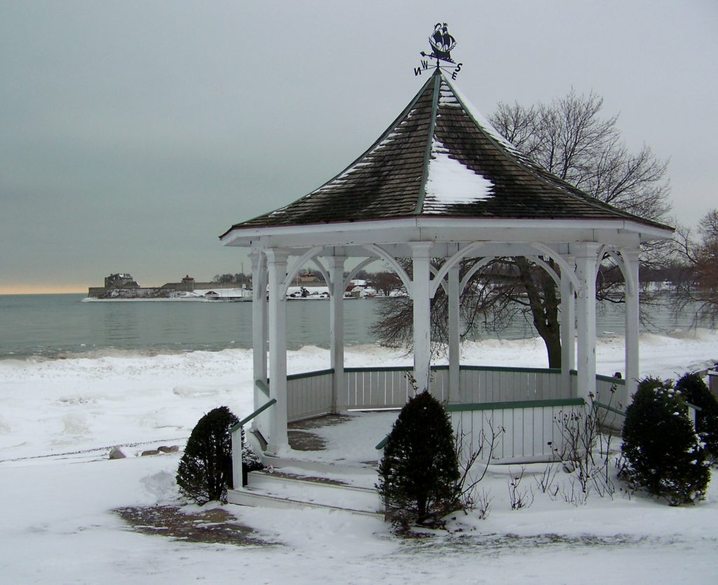 notl-winter-gazebo
