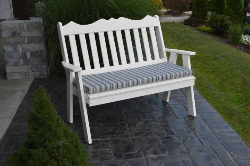 outdoor-bench-a-l-furniture-company-recycled-plastic-5-royal-english-garden-bench-1