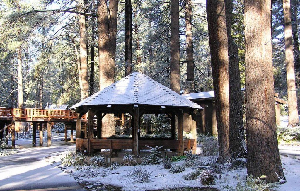 quiet-creek-inn-galleryquiet-creek-inn-idyllwild-cabin-forest-mountain-outdoors-snow-winter-gazebo