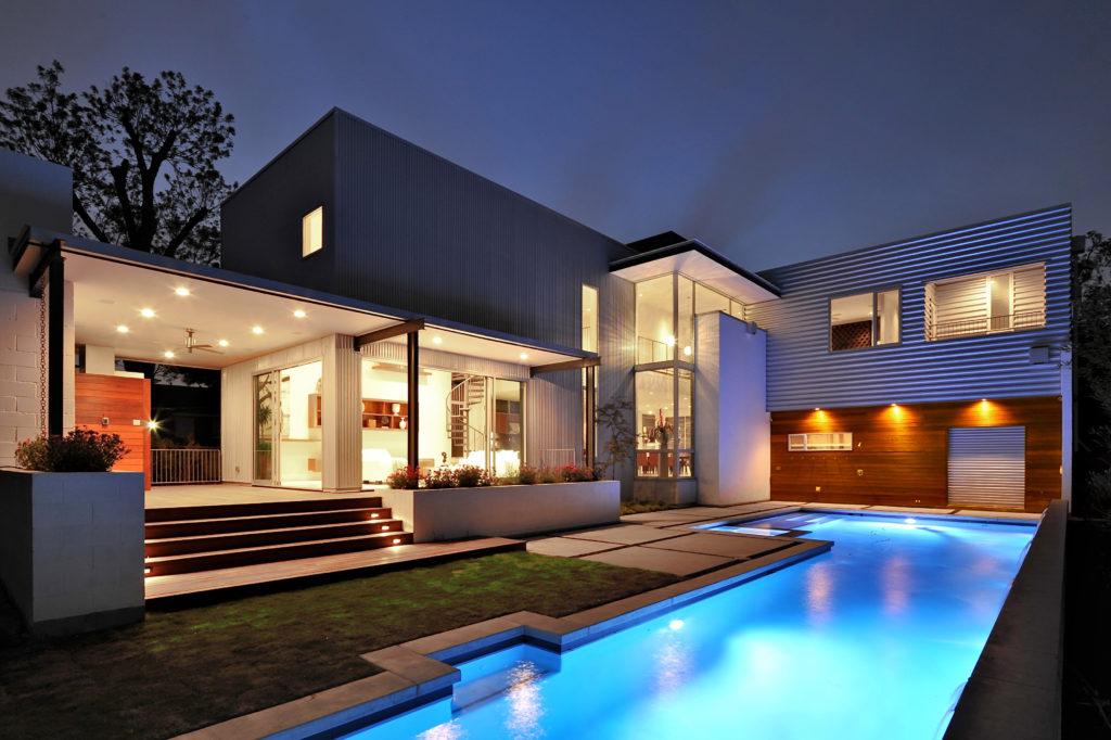 yuproekt-arhitektury-doma-v-stile-hay-tek