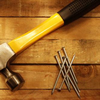 Как выбрать молоток — советы и инструкции по подбору качественного инструмента + 51 фото