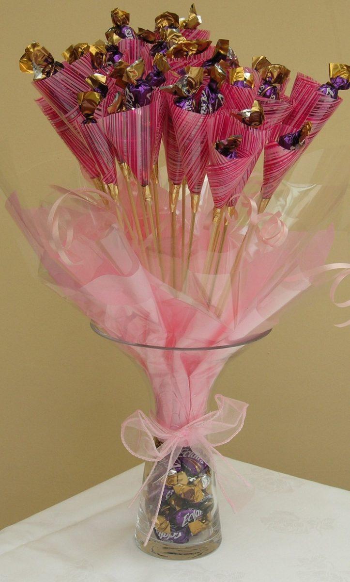 Розы из конфет своими руками с пошаговым фото фото 456
