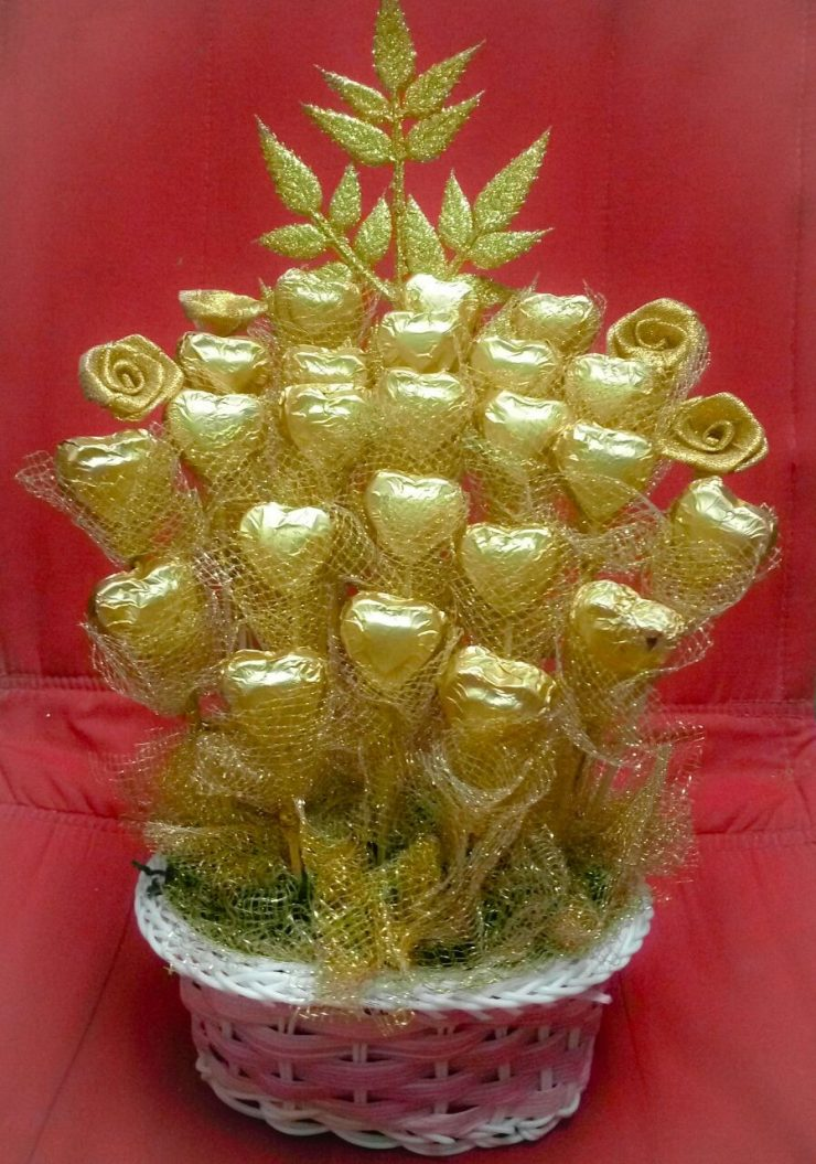 фото букетики из конфет